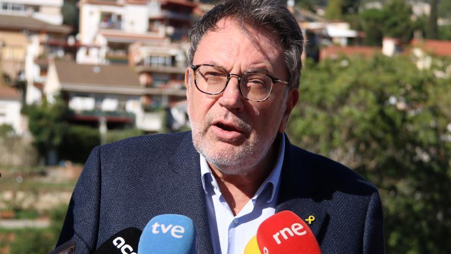 """JxCat diu a Sánchez que s'obre a negociar els PGE però no acceptaran que els """"aixequi la camisa"""""""