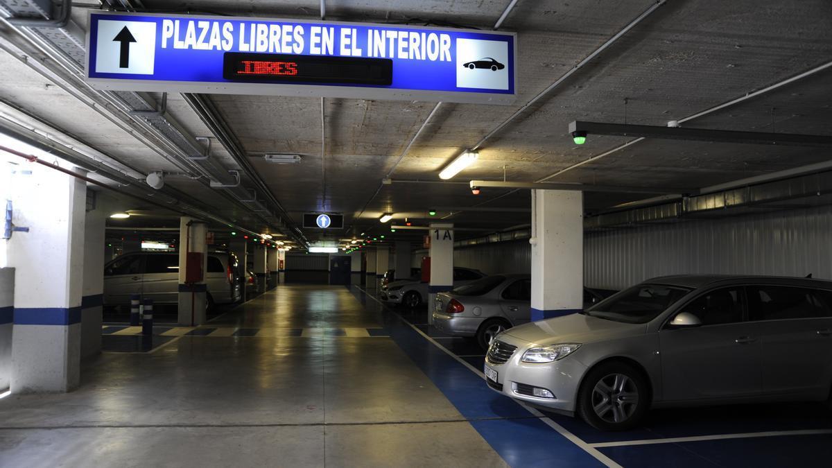 Uno de los aparcamientos municipales de Smassa.