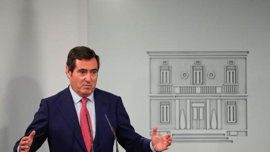 """CEOE presenta al Gobierno iniciativas para """"ser más eficaces"""" con los fondos"""