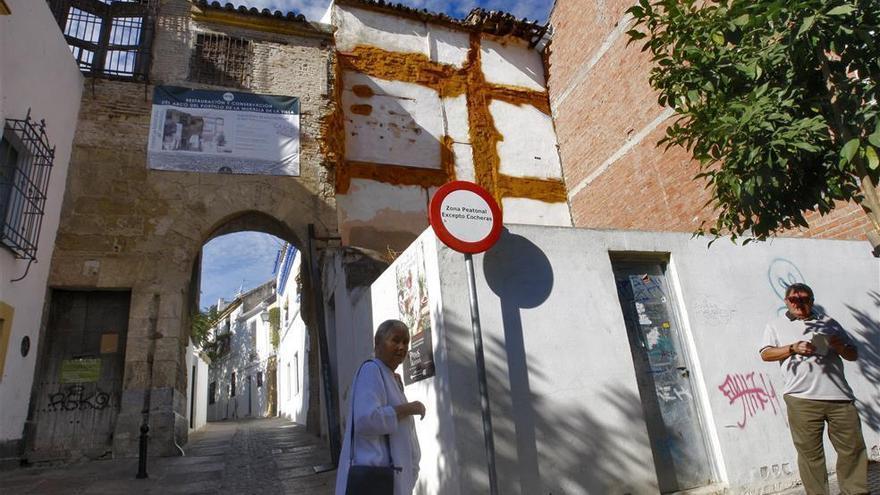 """Urbanismo anuncia que actuará de """"manera inminente"""" en el Arco del Portillo"""