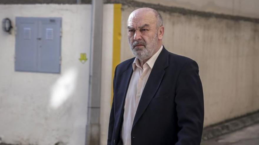 El juez Florit ordena la devolución de los móviles que requisó a dos periodistas