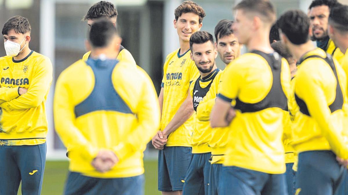 Los jugadores del Villarreal en un entrenamiento.