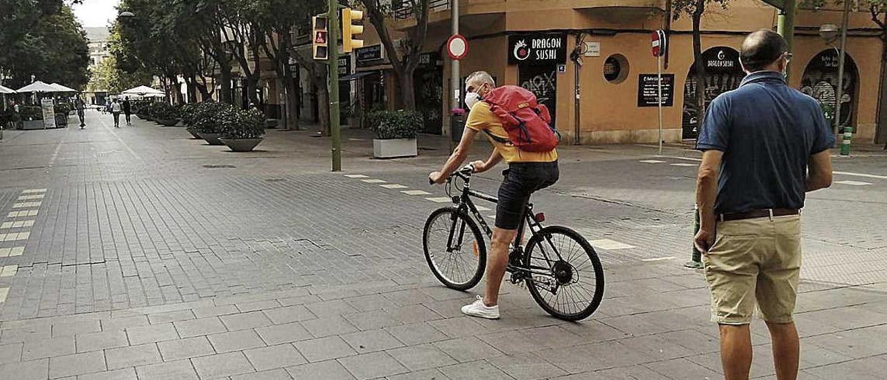 ¿Está haciendo deporte o va de paseo?