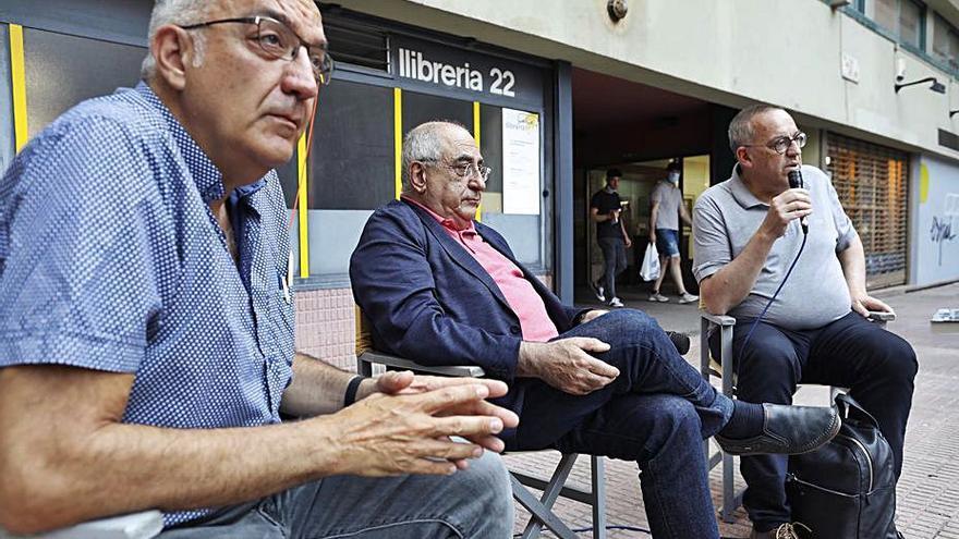 Joaquim Nadal presenta «Girona, 1939: porta de l'exili» a la Llibreria 22
