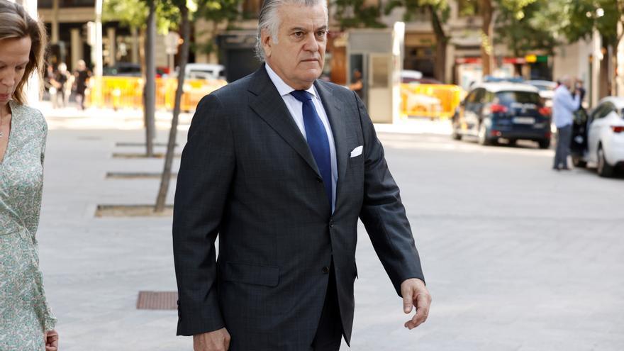 Bárcenas vincula con la 'caja b' a todos los ministros de Fomento y Medio Ambiente del PP