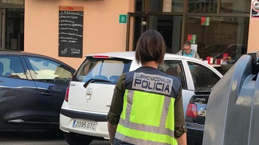 17 Stunden Arbeit pro Tag: Polizei nimmt Barbetreiber auf Mallorca fest