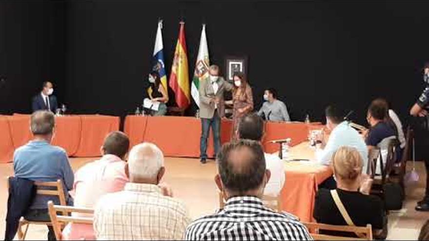 Chaxiraxi Niz, primera alcaldesa de Haría al prosperar la censura a Villalba