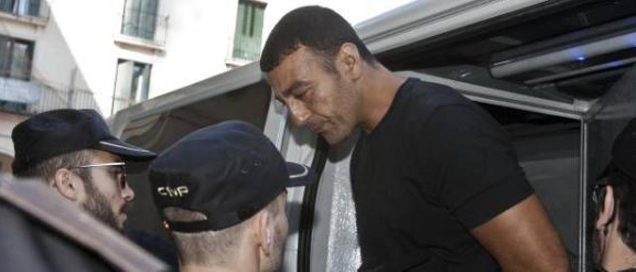 El atraco a tiros a la joyería de Alicante se salda con penas de 136 años de cárcel