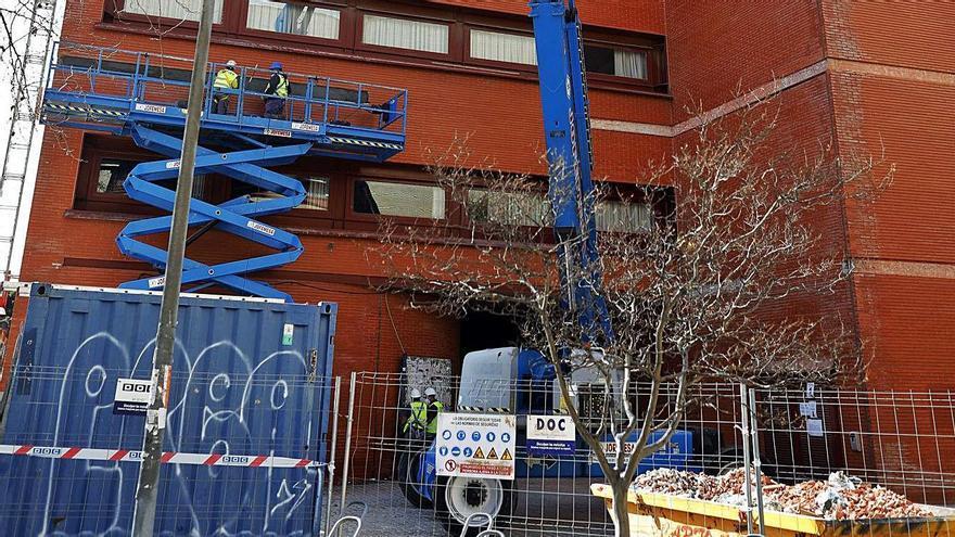 Un millón de euros para evitar el derrumbe de las fachadas de los aularios de Tarongers