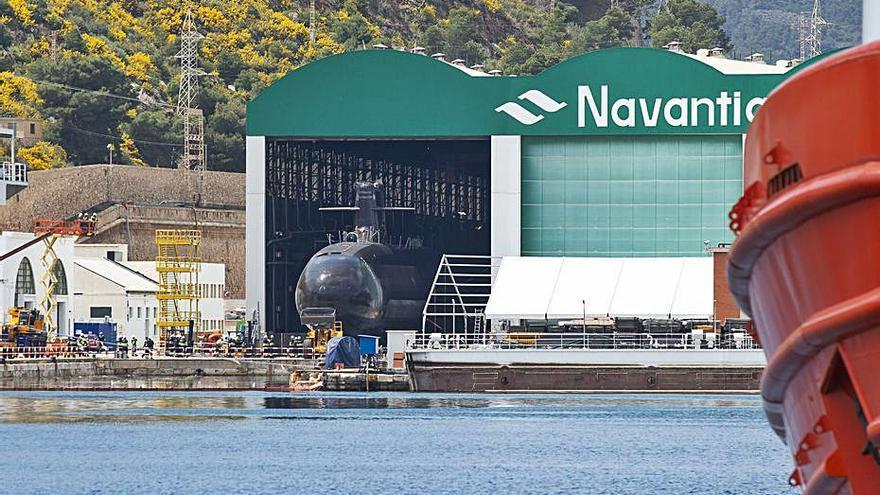 Submarino S-81: Una puesta a flote milimetrada