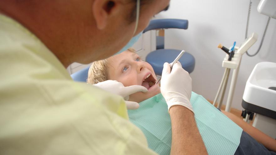 Más de la mitad de los niños no usa el plan de atención dental