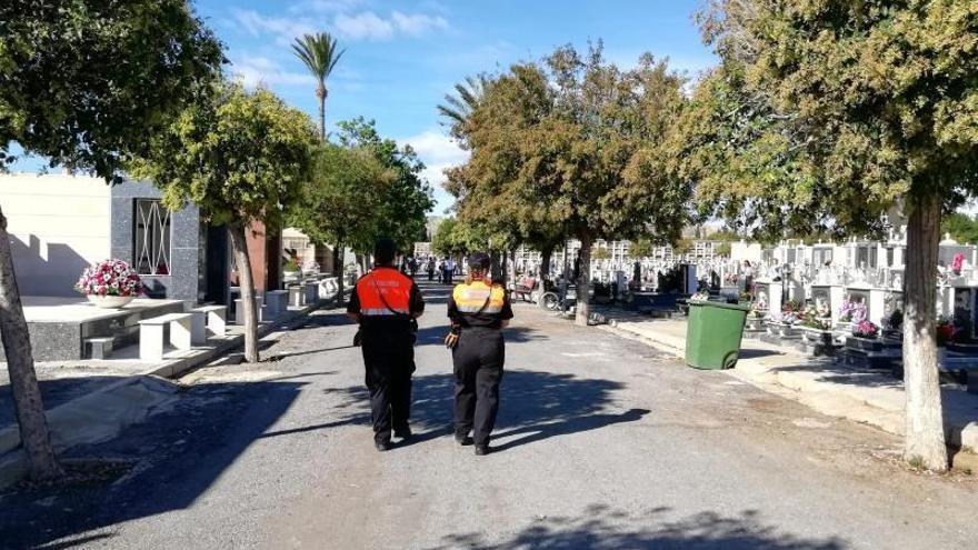 Alicante pide adelantar las visitas al Cementerio para evitar aglomeraciones el 1 de noviembre