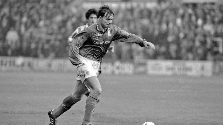 """Cristóbal, exdefensa internacional del Oviedo y del Espanyol, cree en los azules: """"Aún pueden llegar a play-off"""""""