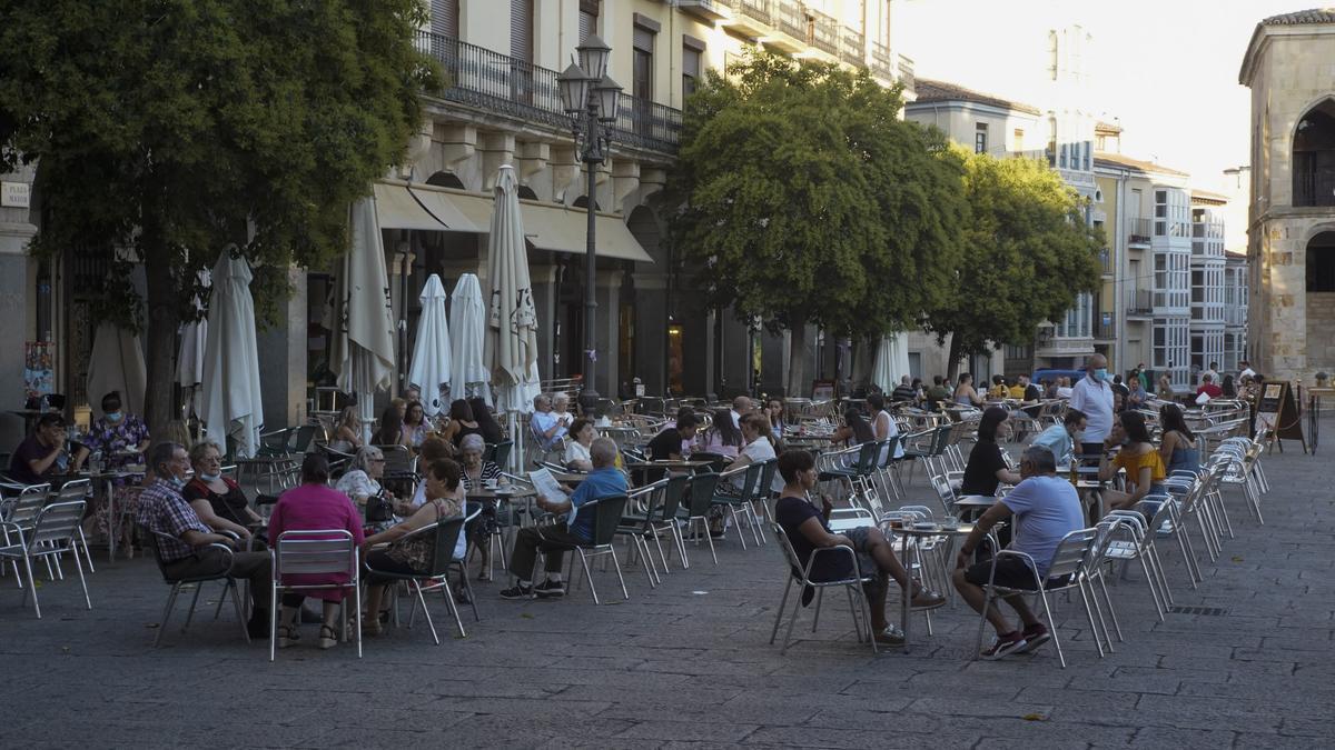 Las terrazas, en la Plaza Mayor de Zamora