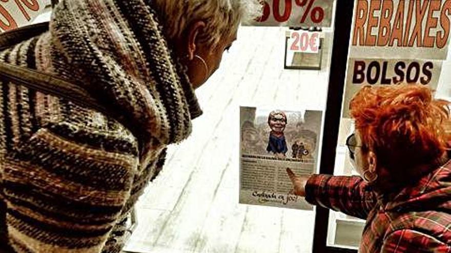 Els comerciants de Berga divulguen  el llegat i la història carlista amb un joc