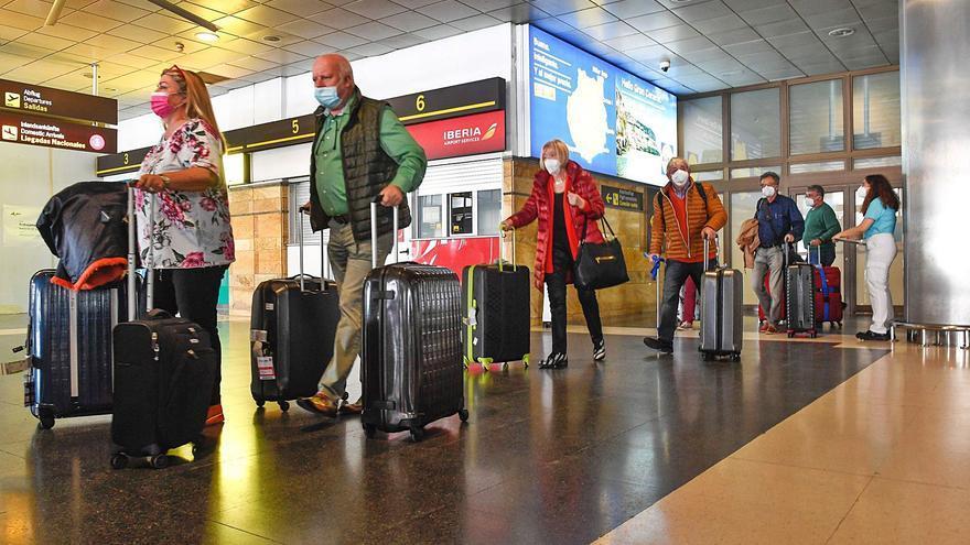 Las aerolíneas inflan su oferta para  el verano a la espera de una mejoría