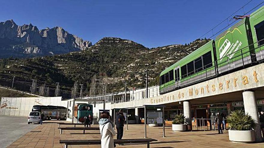 El funicular de Sant Joan i el cremallera de Montserrat baten rècord de viatgers