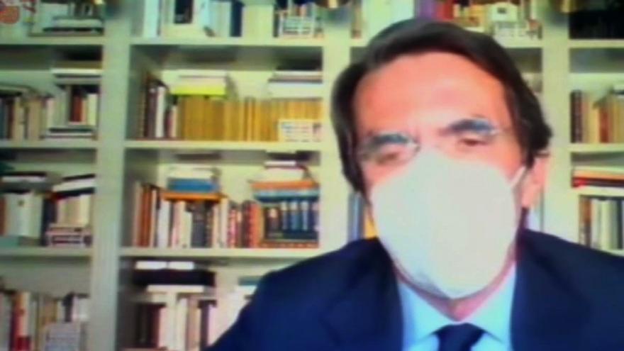 Aznar niega haber cobrado sobresueldos y dice que hasta declaró residir en la Moncloa
