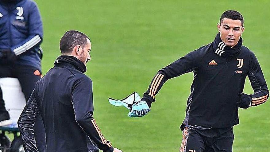 Messi i Cristiano s'enfronten amb dubtes interns