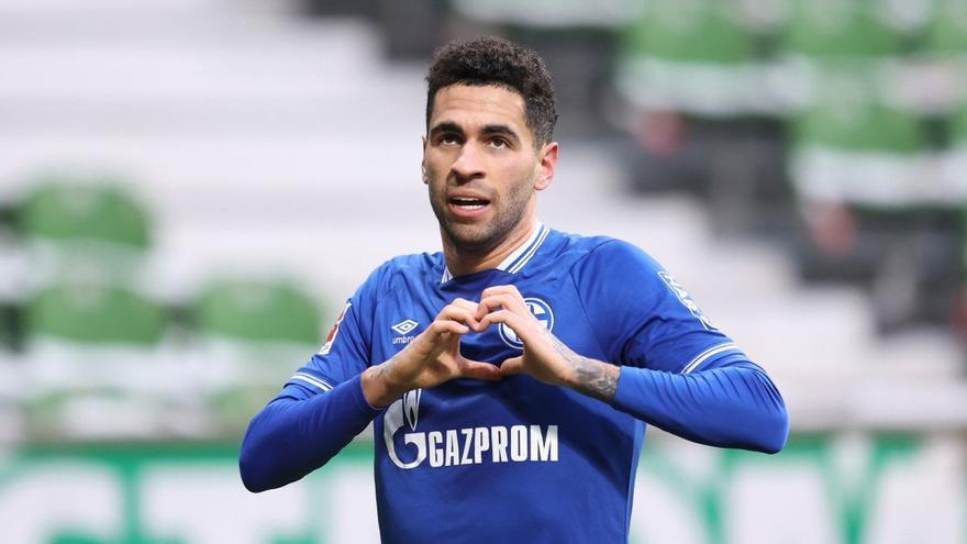 Omar Mascarell espera al Valencia pero el Lokomotiv ya puja por su fichaje