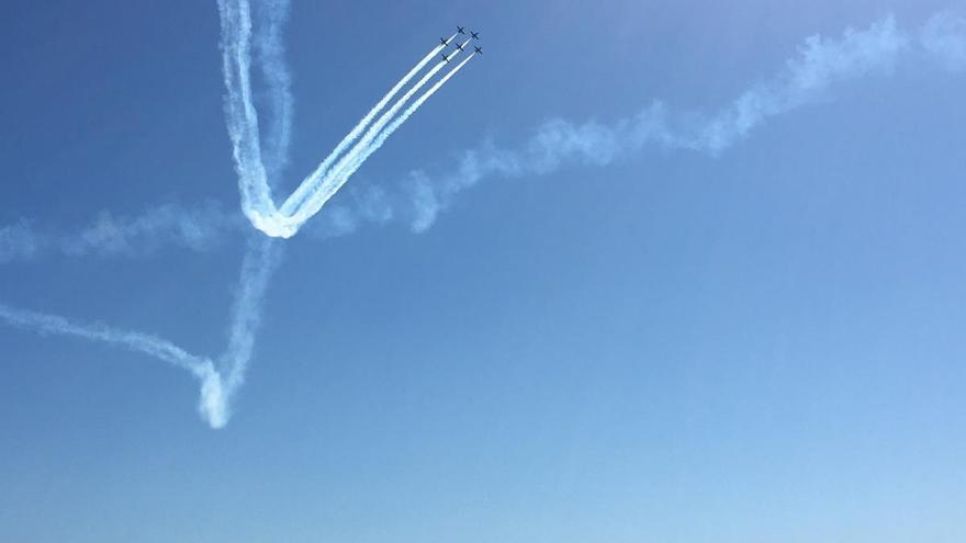 La Patrulla Águila vuelve a alzar el vuelo tras el parón de verano