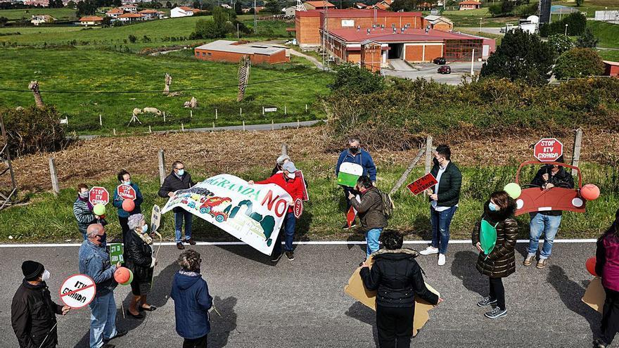 La oposición en la Junta tratará de que el Principado acepte llevar la ITV a Lloreda