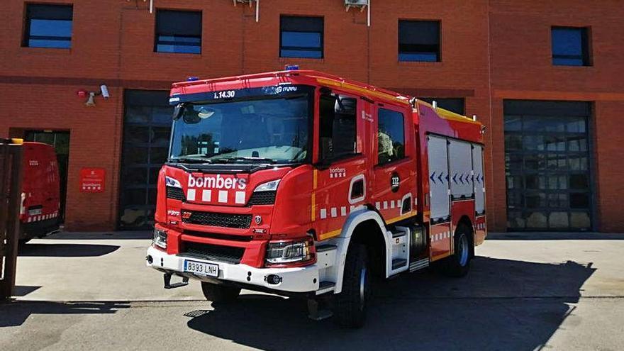 El parc de Bombers del Lluçanès té  un nou camió