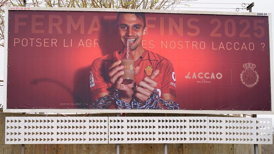 La peculiar manera del Mallorca de anunciar la renovación de Valjent