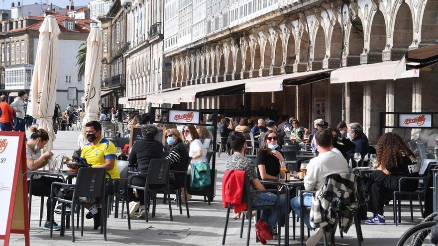 A Coruña, Arteixo, Cambre y Culleredo pasan al nivel alto de restricciones con Oleiros y Carballo