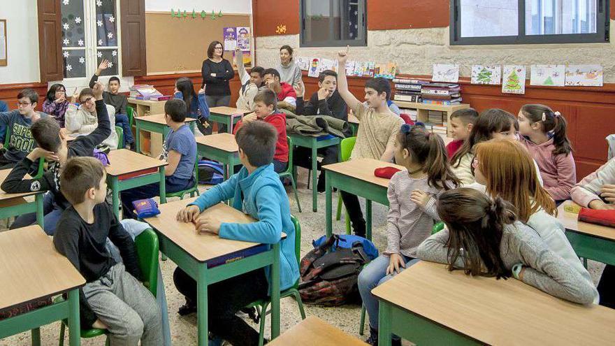 Visita a Faro de Vigo del CPR Plurilingüe Escuelas Nieto, curso 2019