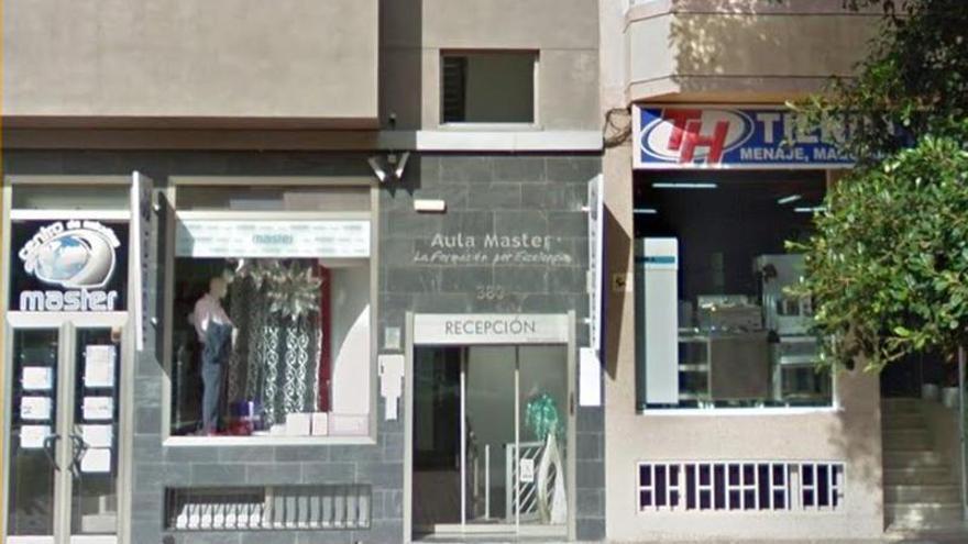 El ICHH inicia una campaña en el Centro de Estudios Máster de Vecindario