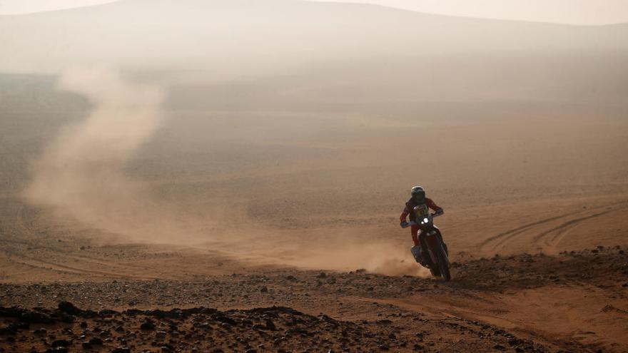 Peterhansel se desmarca de la general y Benavides gana la etapa en el Dakar