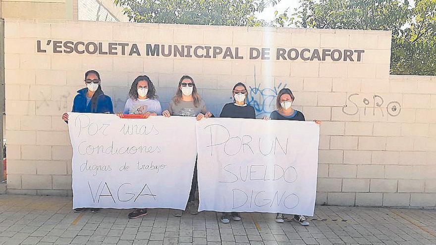 Suspenden la huelga en la 'escoleta' de Rocafort al abrise una vía de diálogo