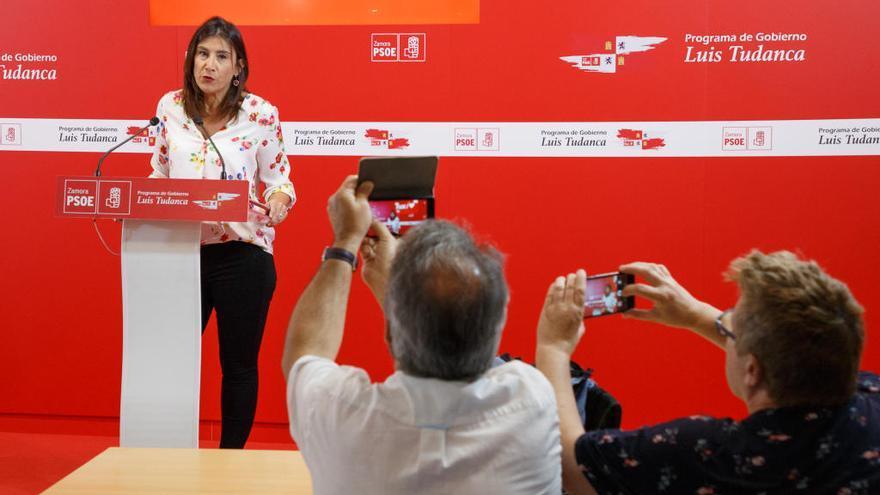 """Ana Sánchez tilda de """"esperpéntico"""" el Gobierno presidido por Fernández Mañueco"""