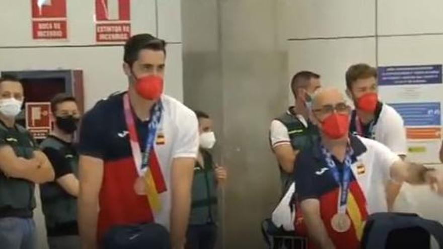 Los deportistas olímpicos españoles aterrizan en Madrid