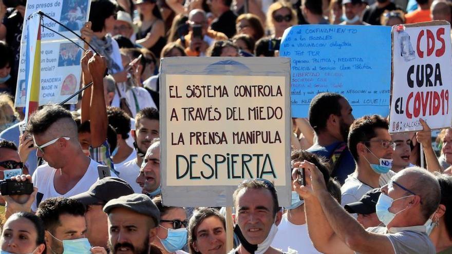 La Delegación del Gobierno prohíbe una manifestación de negacionistas en Madrid