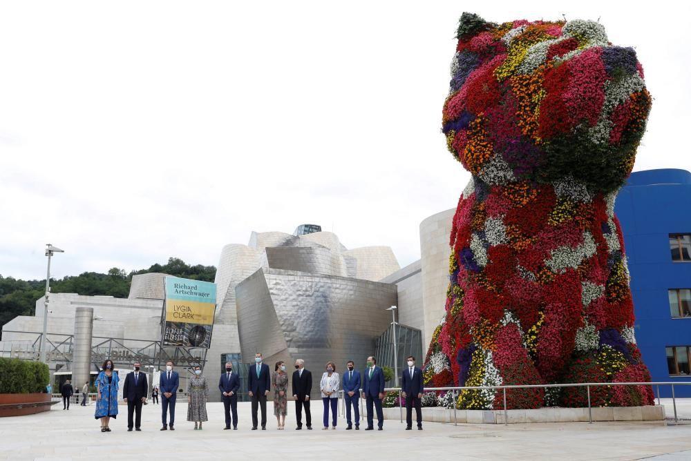 Los Reyes visitan el País Vasco.