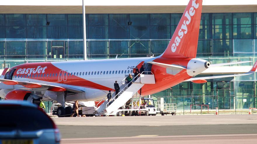 Easyjet suma este verano cinco nuevas rutas desde Málaga