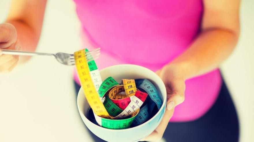 """Nutricionistas desvelan el """"súperalimento"""" que debes comer a diario para adelgazar de forma sana, barata, segura y sencilla"""