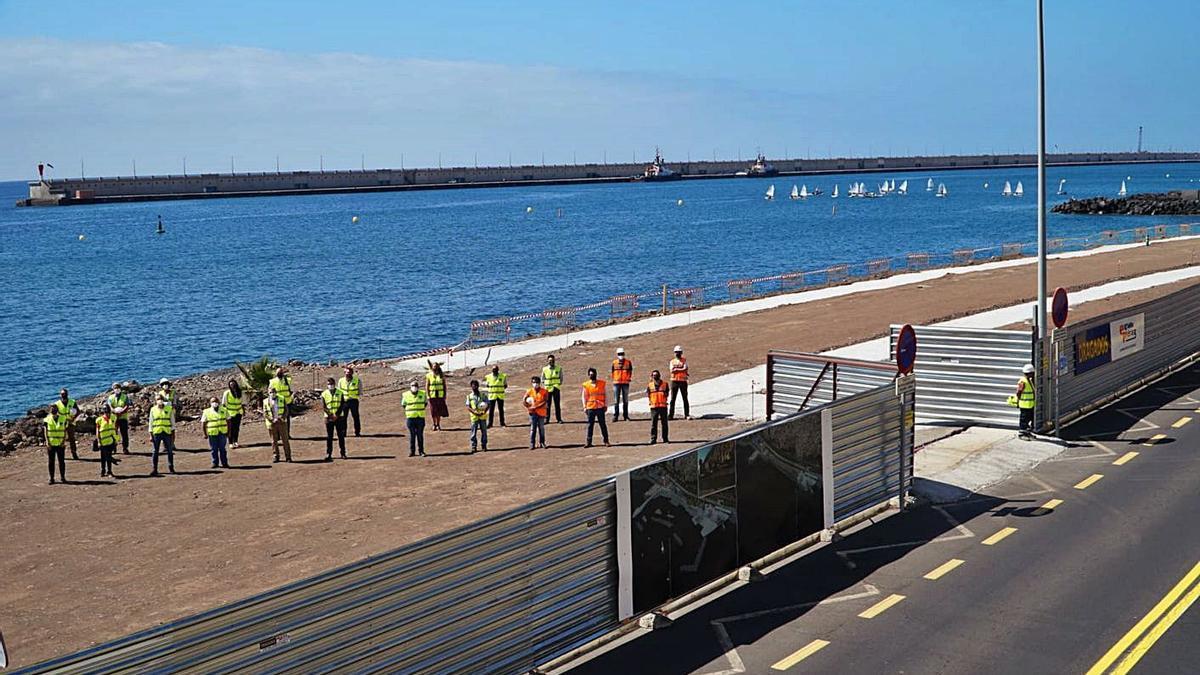 Personal responsable de las asistencias técnicas que prestan apoyo a la ejecución de la obra de la playa de Valleseco.     E.D.