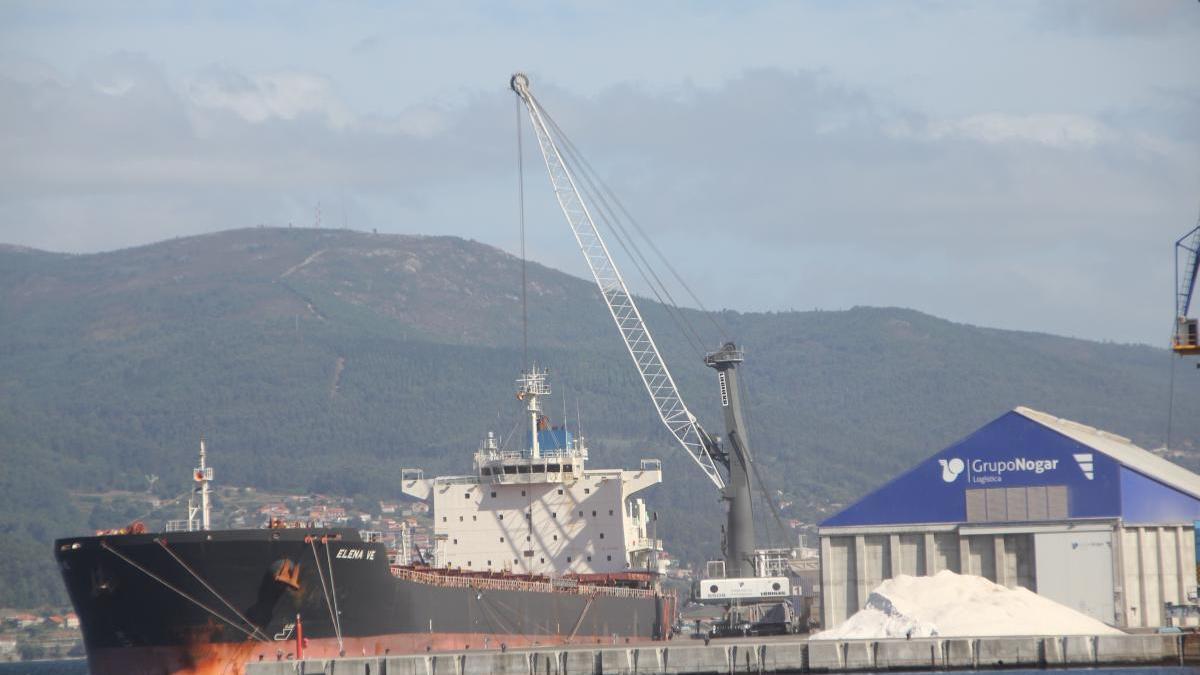 Los graneles agroalimentarios representan ya casi la mitad del tráfico total del Puerto de Marín.