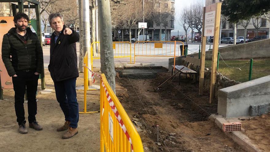 Solsona elimina barreres arquitectòniques de la plaça del Camp