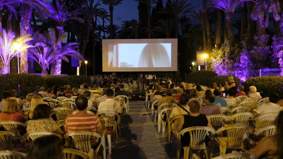 Proyección en l'Hort del Xocolater durante la pasada edición del festival