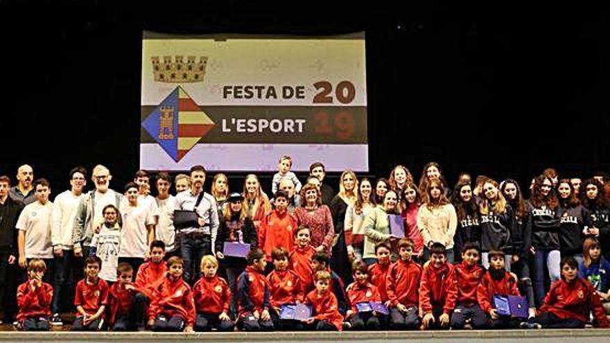 L'Escala reconeix els èxits 24 clubs i esportistes