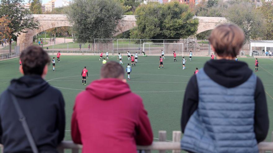 El fútbol base vuelve el 26 de marzo si no suben los contagios