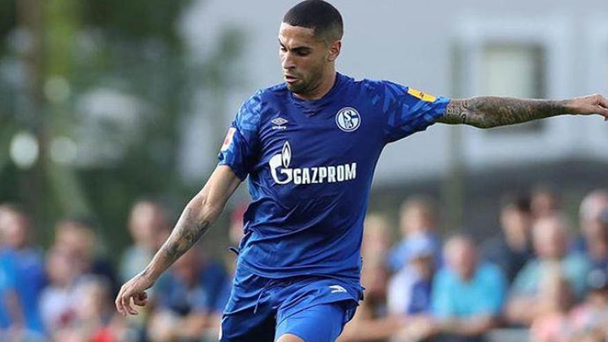 El tinerfeño Omar Mascarell, nuevo capitán del Schalke 04
