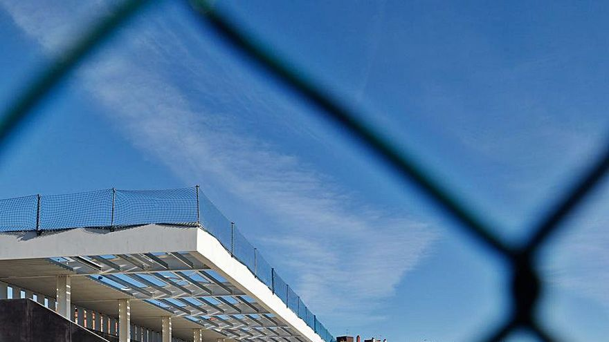 El nuevo campo de Ferrota estará terminado este año, garantiza la Alcaldesa