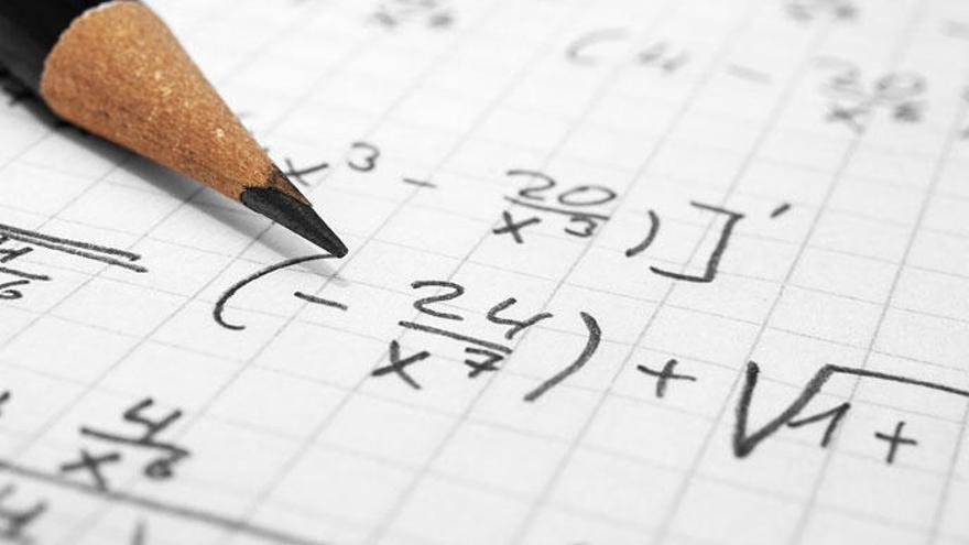 Aquests cinc trucs matemàtics et faran semblar un geni