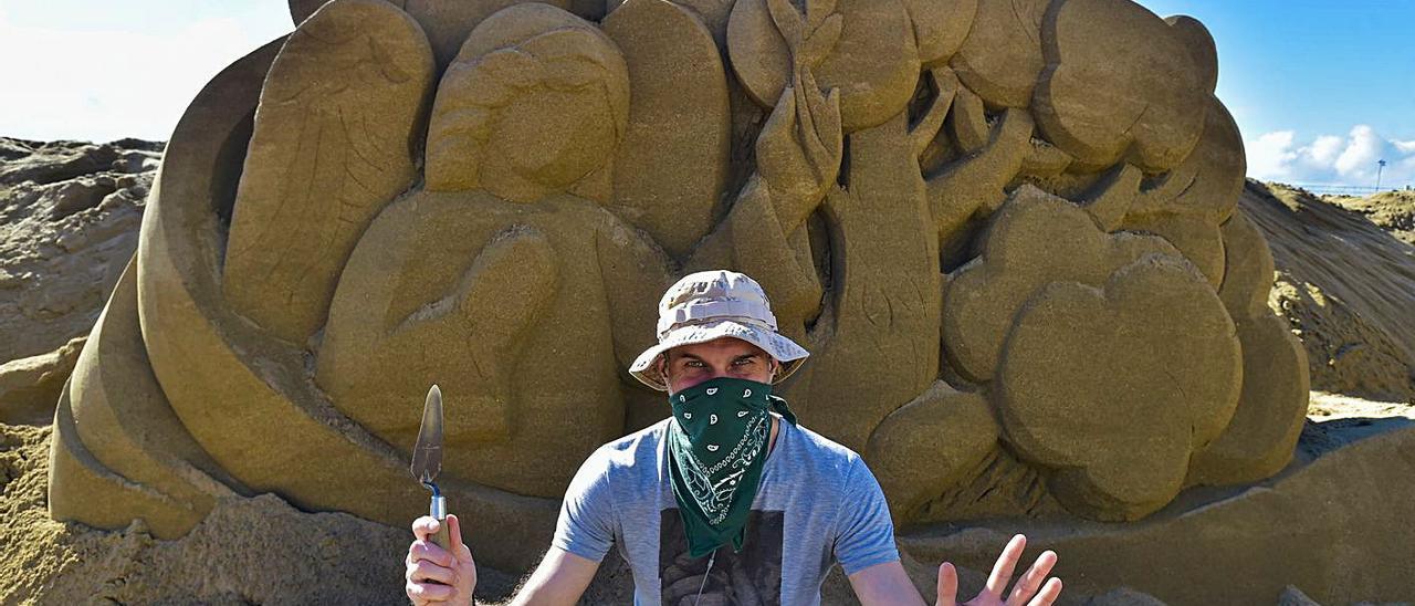 """""""Para esculpir arena hay que sentirla y saber controlar tu fuerza"""""""