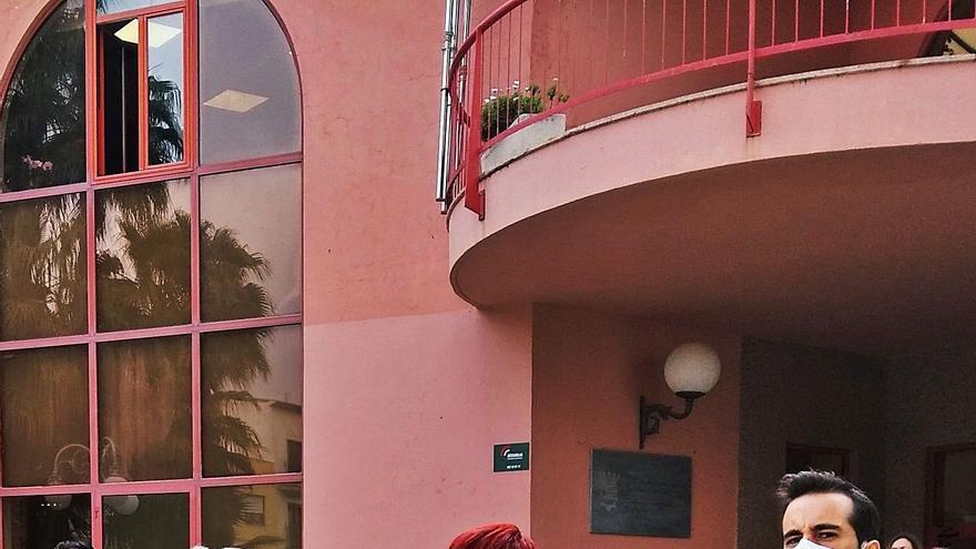 Los conflictos en San Vicente y Teulada ponen en tela de juicio el liderazgo del PSPV